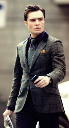 Chuck Bass from Gossip Girl.