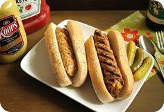 Hot Dog Vegetarianos http://www.cocinaland.com/recipe-items/perritos-vegetarianos/ @cocinaland