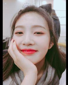 Check out Black Velvet @ Iomoio Seulgi, Park Sooyoung, Kpop Girl Groups, Kpop Girls, Asian Music Awards, Close Up, Park Joy, Joy Rv, Red Velvet Joy