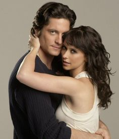 Melinda Irene Gordon (Jennifer Love Hewitt) and Jim Clancy (David Crawford Conrad) - Ghost Whisperer