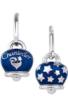 Chantecler Capri Et Voilà 31764. Silver earrings with bells with pearly blue enamel. #Chantecler #BLUE