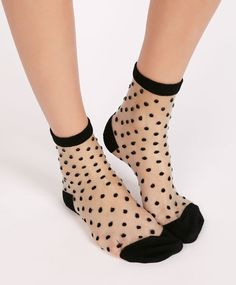 Sheer polka-dot socks - OYSHO I had these. they lasted forever! Cute Socks, My Socks, Polka Dot Socks, Polka Dots, Fashion Mode, Womens Fashion, Sheer Socks, Happy Socks, Ankle Socks