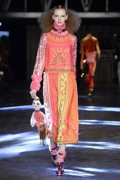 Manish Arora Primavera/ Verano 2016 Paris Fashion Week