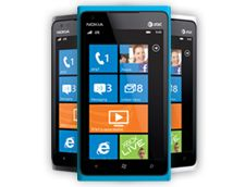 Nokia Lumia 900    Definitivamente quiero uno!    GPS (Turn by Turn) incluido y sin la necesidad de tener una conexión a datos  Memoria de 16 Gb  Cámara de 8 Mp  LTE (4G)