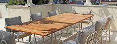 Bamboo è un tavolo con piano materico in legno di teak con inserti in caucciù che riprendono le sfaccettature delle gambe di supporto in acciaio verniciato, diventando così motivo di decoro. Outdoor Furniture, Outdoor Decor, Teak, Design, Home Decor, Decoration Home, Room Decor, Home Interior Design