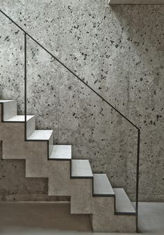 a Patchwork - Picture gallery - concrete stairs and wall with minimal metal handrail Concrete Staircase, Stair Handrail, Floating Staircase, Staircase Railings, Stairways, Handrail Ideas, Marble Staircase, Metal Stairs, Interior Staircase