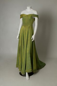 1930s/1940s gown