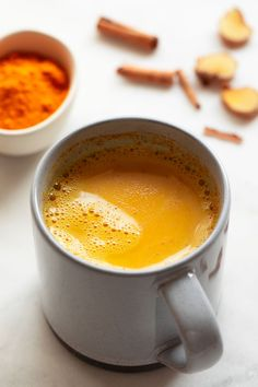 Golden milk, a super nutritious and healthy drink, made with milk and turmeric, among other ingredients. It's ready in just 5 minutes and tastes amazing! Best Nutrition Food, Health And Nutrition, Cheese Nutrition, Nutrition Guide, Child Nutrition, Milk Recipes, Vegan Recipes, Vegan Snacks, Recipes