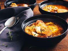 Kana-valkosipulikeitto Ciabatta, Chorizo, Curry, Ethnic Recipes, Food, Curries, Essen, Meals, Yemek