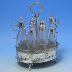 Georgian Sterling Silver Cruet Set    d7222: Hallmarked in London, 1780 by Hester Bateman,
