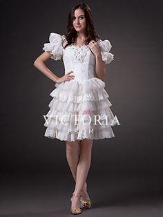 Lace dress in spanish 679 - Fashion dresses news Flower Girl Dresses, Prom Dresses, Wedding Dresses, German Wedding, Lace Dress, White Dress, Fashion Company, Corset, Fashion Dresses