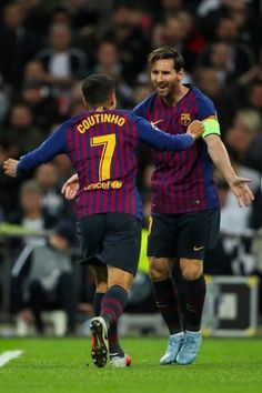 From breaking news and entertainment to sports and politics, get the full story with all the live commentary. God Of Football, Best Football Players, Football Is Life, Neymar, Ronaldo, Manchester United, Fc Barcelona Wallpapers, Leonel Messi, Barcelona Football