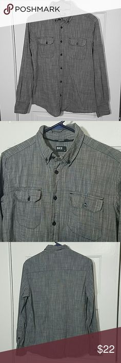 Button Down Shirt Gray/black heathered BKE slim fit shirt. Two front pockets button and collar does too.  100% cotton BKE Shirts Casual Button Down Shirts