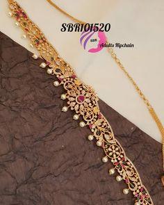 India Jewelry, Bead Jewellery, Gold Jewelry, Designer Bridal Lehenga, Bridal Lehenga Choli, Mango Necklace, Gold Necklace, Black Blouse Designs, Necklace Designs