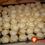 Orechové mini-koláčiky na jeden ham: Sú také jednoduché a výborné, že vám už ani nenapadne kupovať sladkosti z obchodu!