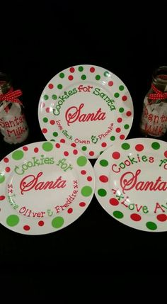 Cookies for Santa plate Cricut Christmas Ideas, Christmas Vinyl, Christmas Plates, Diy Christmas Gifts, Christmas Projects, All Things Christmas, Holiday Crafts, Holiday Ideas, Christmas Wreaths