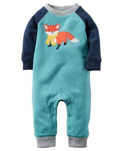 Super soft and cozy, this snap-up fleece jumpsuit keeps him warm from dusk to dawn. Ribbed cuffs, colorblock sleeves and a playful fox appliquè complete this adorable look.