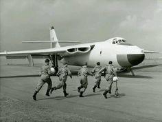 Valiant Scramble Air Force Aircraft, Ww2 Aircraft, Fighter Aircraft, Fighter Jets, Military Jets, Military Aircraft, Vickers Valiant, War Jet, V Force