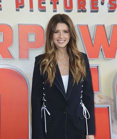 She's ready for more rescue animals! Ash Highlights, Katherine Schwarzenegger, Hair Color Formulas, Big Animals, Pant Suits, Chris Pratt, Queen B, Rescue Dogs, Fashion Pants