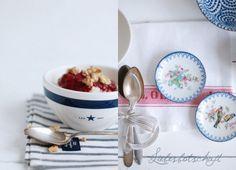 Porridge mit Honig; pürierten Himbeeren + Nüsse; Pürierte Blaubeeren + Banane + Mandeln; Pürierte Mango + Kaki-Scheiben + Kokos; geraspelte Schoki + Apfelmus