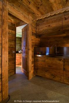 || Arte Rovere Antico - Photo by Duilio Beltramone for Sgsm.it || Casa Monti Della Luna -  Monginevro - Francia - Wood Interior Design - Mountain House