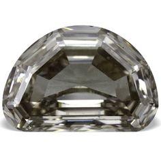 0.86 ctw Half Moon Shape Real Loose Beautiful Pinkish White Diamond VVS2 clarity