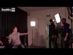 Ibrahimovic interrompe Blanc per far colpo sulla giornalista