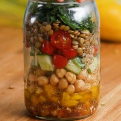 Featuring Mediterranean Lentil Salad, Quinoa Fruit Salad, Protein-Packed Roasted Vegetable Salad, Southwestern Salad and Crunchy Thai Salad Mason Jar Meals, Meals In A Jar, Mason Jars, Pot Mason, Lunch Recipes, Diet Recipes, Healthy Recipes, Juicer Recipes, Jar Recipes