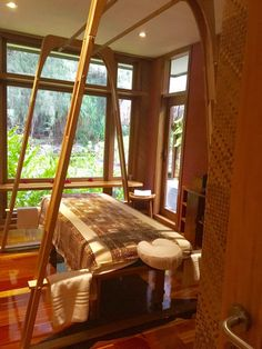 Massage Table for Avae Taurumi (Barefoot Massage) Massage Table, Tahiti, Outdoor Furniture, Outdoor Decor, Barefoot, Islands, Spa, Magic, Home Decor
