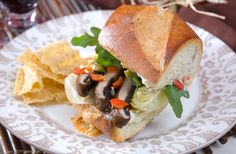 Discover recipes, home ideas, style inspiration and other ideas to try. Portobello Mushroom Sandwich, Grilled Portobello, Hot Sandwich Recipes, Kraft Recipes, Food Hacks, Grilling, Sandwiches, Stuffed Mushrooms, Healthy Recipes