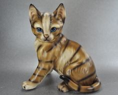 Harvey Knox M Tokai Brown Tabby Kitty Cat Figurine Blue Eyes  at Catnutti's Collectibles