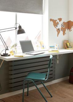 #castorama #inspiration #decoration #ideedeco #tendancedeco #bureau #rénovation #chaise #chambre #ado #GoodHome Desk, Decoration, Inspiration, Furniture, Home Decor, Chair, Bricolage, Home, Decor