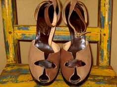 vintage 40S REPTILE brown tan PLATFORMS 7 by faintofheartvintage, $175.00