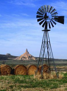 windmill photos | windmill in western nebraska taps into the ogalalla aquifer windmill ... Farm Windmill, Windmill Diy, Old Windmills, Into The West, Country Scenes, Water Tower, Old Barns, Le Moulin, Covered Bridges