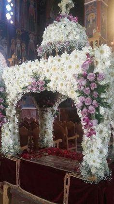 Jesus Christ, Catholic, Religion, Floral Wreath, Icons, Wreaths, Decor, Flowers, Art