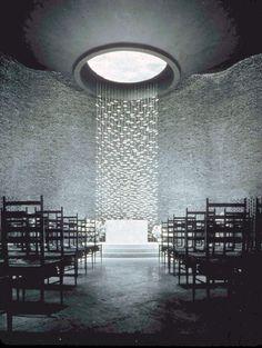 Chapel, facing the altar, by Eero Saarinen at M.I.T. in Cambridge, MA