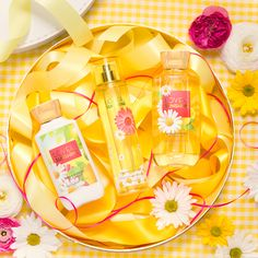 Give Mom a little Love & Sunshine this Mother's Day!