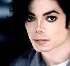 You give me butterflies inside Michael. Michael Love, Michael Jackson Pics, Invincible Michael Jackson, You Give Me Butterflies, King Of My Heart, Jackson 5, Close Up, Documentaries, How To Look Better