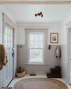 Our Traditional Farmhouse Laundry and Mud Room - The Wild Decoelis Well, 38 weeks later, I can finally say that our Laundry and Mud room is complete. This definitely was not an episode on HGTV and was a complete labour of Painting Trim, Home Decor Inspiration, Decor Ideas, Mudroom, My Dream Home, Home Fashion, Home Remodeling, House Renovations, Kitchen Renovations