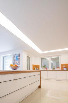 Svetelny-strop-L-tvaru-zapusteny-v-SDK-strope