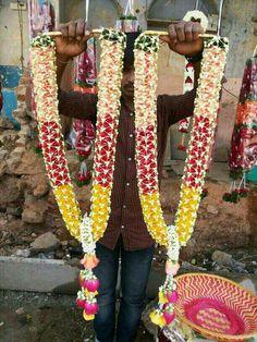 Flower Garland Wedding, Wedding Garlands, Wedding Flower Decorations, Flower Garlands, Wedding Flowers, Wedding Stage, Wedding Bells, Wedding Venues, Beaded Necklace