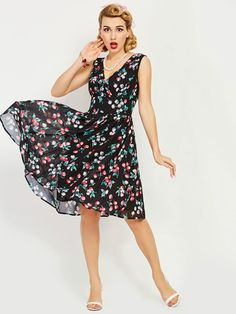 Petty Flowers Sleeveless Women s Day Dress White Floral Dress e790599422ee