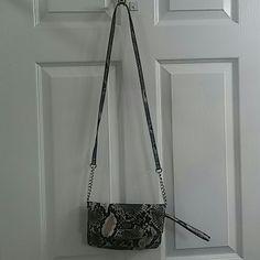 Slightly used Crossbody or wristlet snake skin Nine West Bags Crossbody Bags