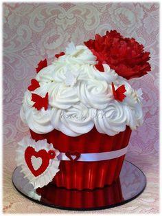 Be Mine!! Giant Cupcake - by cakesbym3 @ CakesDecor.com - cake decorating website