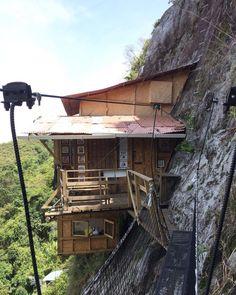 La casa en el aire, Antioquia San Bernardo, South America, Adventure Travel, Cabin, House Styles, Traveling, Meet, Animation, Home Decor