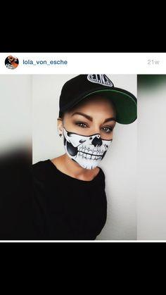 Half Skull Face, Skeleton Makeup, Halloween Face Makeup, Halloween Ideas, Makeup Ideas, Halloween Prop, Halloween Decorating Ideas