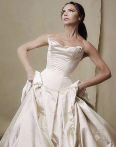 Famous Wedding Dresses, Most Beautiful Wedding Dresses, Bridal Dresses, British Wedding Dresses, Celebrity Wedding Gowns, Celebrity Dresses, Celebrity Memes, Before Wedding, The Dress