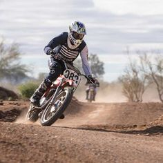 I decided to take a shot at the season-opening American Historic Racing Motorcycle Association (AHRMA) Vintage Motocross national in Buckeye, Arizona. Motorcycle Touring, Racing Motorcycles, Buckeye Arizona, Vintage Motocross, Take A Shot, Yamaha, Bicycle, American, Classic