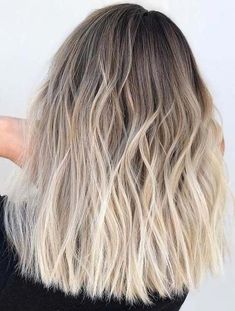 Need to see here and choose one of the best Balayage hair colors and highlights to . You must see here and choose one of the best Balayage hair colors and highlights for the sport in This is o Natural Ombre Hair, Brown Ombre Hair, Ash Blonde Hair, Platinum Blonde Hair, Ombre Hair Color, Hair Color Balayage, Blonde Color, Natural Hair Styles, Hair Colors