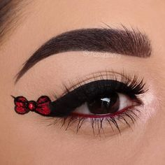 "Chastity Dimitra Leos on Instagram: ""Bow Eye Liner ❤ @benefitcosmetics Precisely, My Brow Pencil (5 Warm Black-Brown), Foolproof Brow Powder (05 Deep), Gimme Brow Volumizing…"" Brows, Eyeliner, Brow Powder, Eye Tutorial, Makeup Shop, Black And Brown, Pencil, Cosmetics, Eyes"